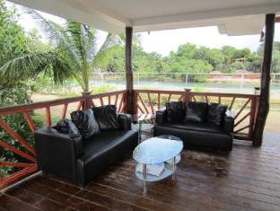 Papa Kit's Marina Resort Liloan - Lobby