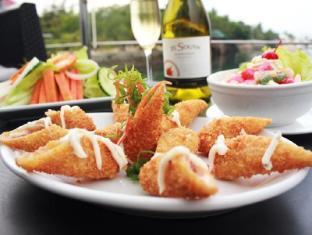 Papa Kit's Marina Resort Liloan - Food and Beverages