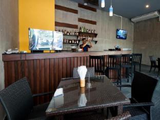 Blue Sky Patong Hotel Phuket - Silom Coffee Shop