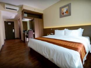 56 Hotel קוצ'ינג - חדר שינה