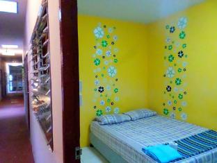 Sukumvit Backpacker Phuket - Guest Room