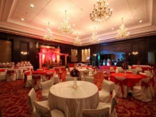 Country Inn & Suites By Carlson, Satbari New Delhi - Balzaal