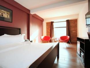 크로스로즈 호텔