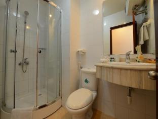 Artisan Lakeview Hotel Hanoi - Badkamer