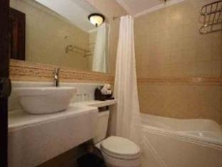 Hotel Salcedo de Vigan ויגאן - חדר אמבטיה