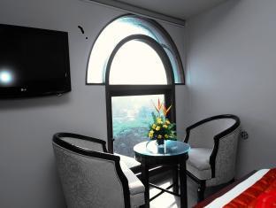 Sai Palace Inn Mumbai - Room Interior