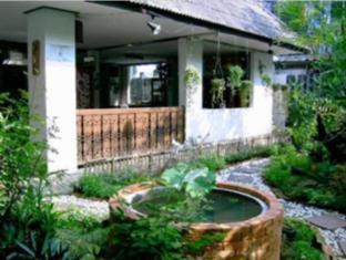 Ben Guesthouse & Restaurant צ'אנג מאי