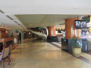Somerset Surabaya Hotel Surabaya - Empfangshalle
