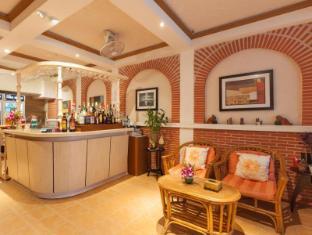 Karon Sunshine Guesthouse & Bar Phuket