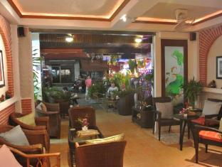 Karon Sunshine Guesthouse & Bar Phuket - Entrance
