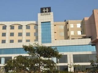 Hyphen Grand Hotel