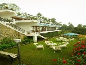 Mount 'n' Mist Hotel