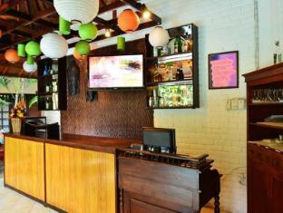 Sarinande Hotel Bali - Kaunter Tetamu