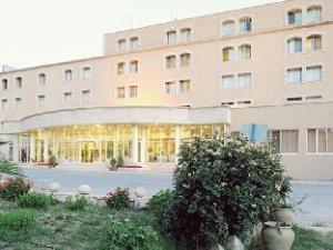 Kings' Way Hotel