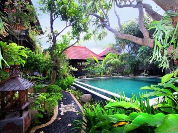 Hotel Pendawa Gapura Bali
