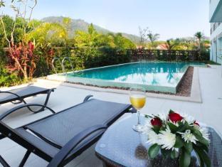 Natalie Resort Phuket - Outdoor Pool