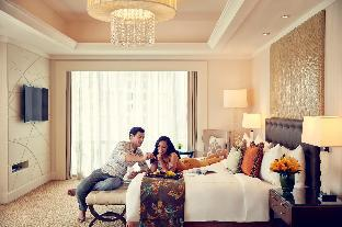picture 1 of Fairmont Makati