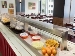 Hotel Travelodge Montreal Centre Montreal (QC) - Food and Beverages