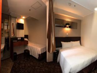 Lander Hotel Prince Edward Hong Kong - Triple