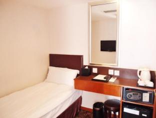 Lander Hotel Prince Edward Hong Kong - Triple Room