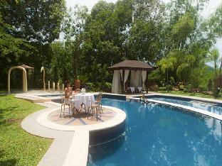 picture 4 of Sophia's Garden Resort