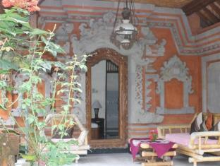 Swan Inn באלי - מרפסת