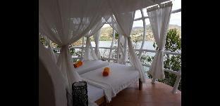 picture 2 of Al Faro Cosmio Hotel