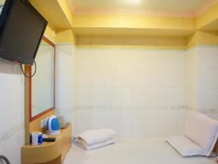 Yue Ka Hotel 52-54 Argyle Street Hong Kong - Gostinjska soba