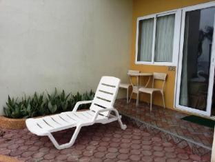 Danao Coco Palms Resort Danao City (Cebu) - Balcony/Terrace