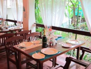 The Tamarind Hotel North Goa - Restaurant