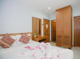 Hello Yaya Residence Phuket - Vendégszoba