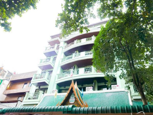 Four Sons Village Bangkok