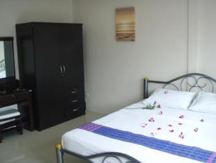 JJ&J Patong Beach Hotel Phuket - Vendégszoba