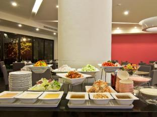 Trio Hotel Pattaya - Buffet