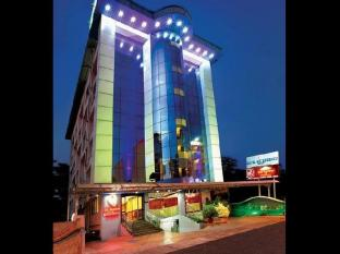 /hotel-s-m-regency/hotel/kochi-in.html?asq=jGXBHFvRg5Z51Emf%2fbXG4w%3d%3d