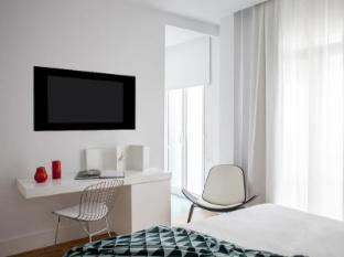 One Shot Hotel Prado 23