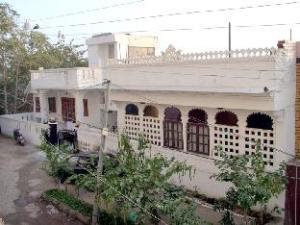 Girnar Villa