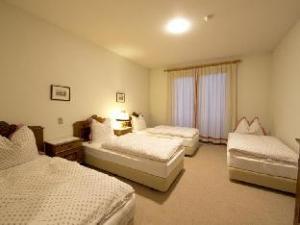 Om Hotel & Restaurant Marillen (Hotel & Restaurant Marillen)