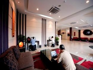 360 Xpress Citycenter Budget Boutique Hotel Kuching - avla