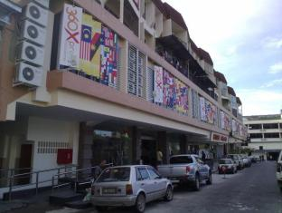 360 Xpress Citycenter Budget Boutique Hotel Kuching - Utsiden av hotellet
