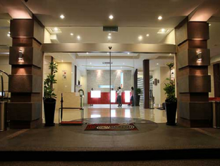 360 Xpress Citycenter Budget Boutique Hotel Kuching - Inngang