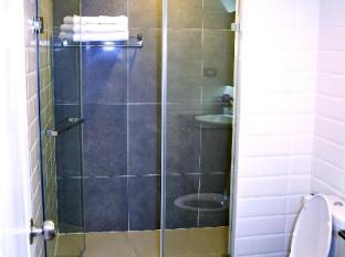 Nai Lert Residence Bangkok - Bathroom