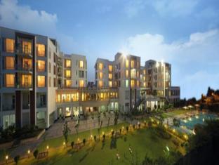 Jaypee Delcourt Greater Noida Hotel