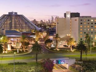 Crown Metropol Perth Hotel Пърт - Фасада на хотела