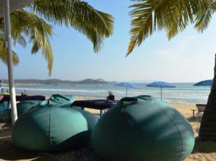 Cafe Blue Hotel South Goa - Beach Restaurant
