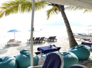 Cafe Blue Hotel South Goa - Sea facing restaurant