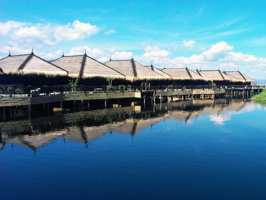 Sky Lake Inle Resort