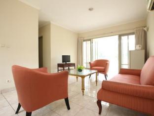 Bungalow Padang Golf Modern Tangerang - Interior Hotel