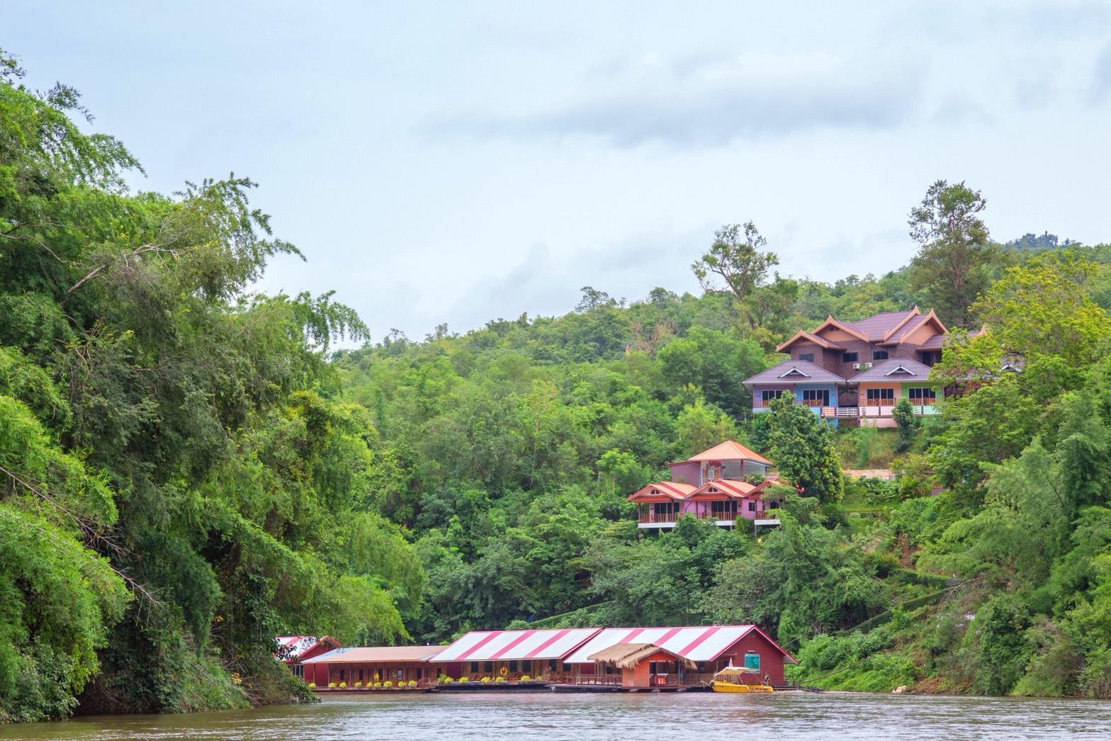 Star Hill River Kwai Resort สตาร์ฮิลล์ ริเวอร์แคว รีสอร์ท