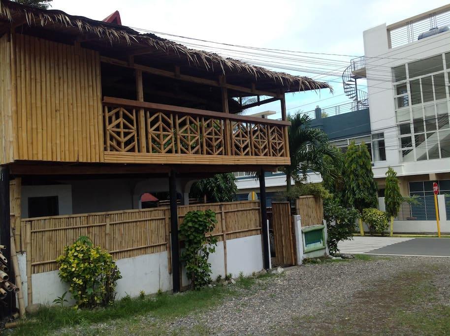 Anilao Dive Inn  Superior Room